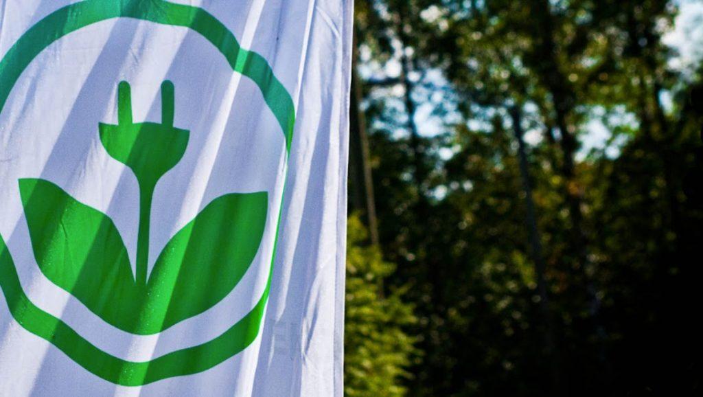 EKOenergy flag in green background