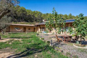 Off-grid EKOenergy ecohotel Mas La Llum